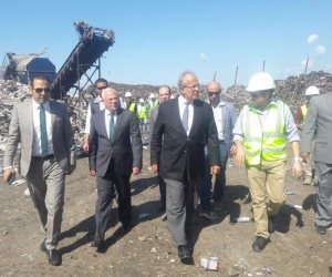وزير التنمية المحلية يتفقد المركز الثقافي بمحافظة بورسعيد.. ويؤكد: نقلة سياحية (صور)