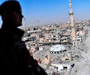 """""""قوات سوريا الديمقراطية"""" تشتبك مع داعش لاستعادة آخر منطقتين بالرقة من قبضتها"""