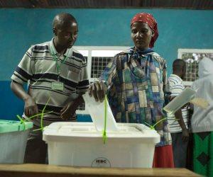 صحيفة بريطانية: كينيا غارقة في أزمة سياسية عميقة بعد إلغاء نتائج الانتخابات الرئاسية