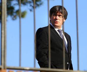 """رئيس كتالونيا المقال يطالب الأحزاب السياسية بالانضمام لتحالف قبيل """"انتخابات المحليات"""""""