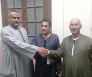 الخلاف على المنصب وحده السيسي .. أبو صدام وعرنوط و أبو اللوز يتفقون على دعم الرئيس وانتخابه لفترة ثانية (صور)
