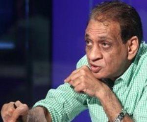 محمد السبكي يداعب فتحي عبدالوهاب (فيديو)