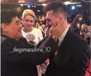 مارادونا يخمد شائعات علاقته السيئة مع ميسى (صور)