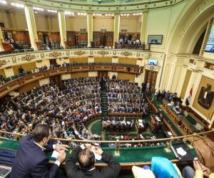 البرلمان يناقش تشديد العقوبة على إخفاء وغش المواد التموينية والبترولية