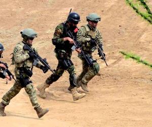 الجيش الباكستاني يتهم الهند بقتل 4 جنود في كشمير