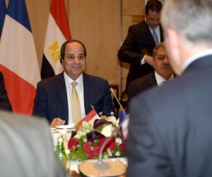 السيسي من فرنسا: مصر تولي أهمية كبيرة لتنويع مصادرها من الطاقة