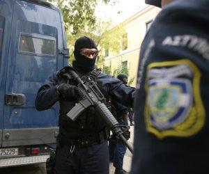 خلال مطاردة مع الشرطة.. مقتل اربعة مهاجرين بـ اليونان