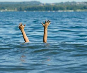 انتشال جثمان طفل تعرض للغرق على ساحل العريش