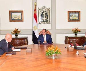 الرئيس السيسي يستعرض الخطط المستقبلية لتطوير الطيران المصري