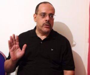 """والد الضابط محمد الحايس: """"بشكر الرئيس مليون مرة.. وإصابة ابني وسام على صدري"""""""