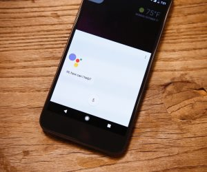 جوجل تساعدك في الوصول إلى أقرب كهربائى أو سباك عن طريق مساعدها الذكى
