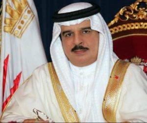 """ولي عهد البحرين يلتقى قائد """"البحرية الأمريكية"""" لبحث التعاون الثنائي وقضايا المنطقة"""