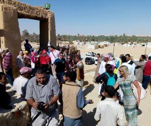 بدء احتفال أهالي سيوة بعيد الحصاد والسياحة في حب الله (صور)