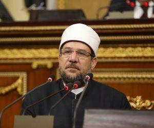 زيارة وفود مؤتمر «الشئون الإسلامية» للأهرامات تفضح فكر داعش الإرهابي