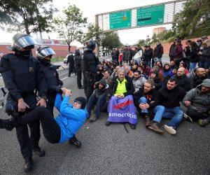 أزمة كتالونيا تشتعل مجددا.. تقدم الأحزاب الانفصالية يعيد صراع الإقليم مع مدريد للواجهة