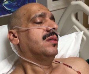 """""""ابن الذيب"""" يلقي قصيدة من على سرير المستشفى بعد اعتداء الأمن القطري عليه (فيديو)"""