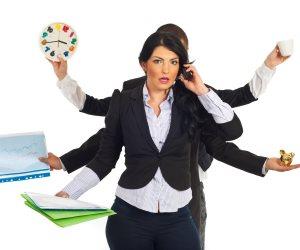"""السيدات الأكثر تحملا من الرجال لضغوط العمل والإجهاد والتوتر.. """"محاربات ضد التعب"""""""