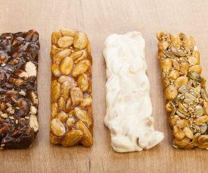 """""""يا حلاوة"""".. شعبة الحلوى: منتجات المولد النبوي تصنع تحت """"بير السلم"""" وسعرها مثل العام الماضي"""