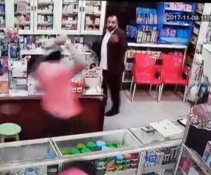بعد انتشار فيديو اقتحام صيدلية بالسيوف في زفتى.. القبض على أحد المتهمين