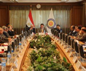 السيسي يُصدّق على القانون.. 10 معلومات عن إنشاء فروع للجامعات الأجنبية في مصر