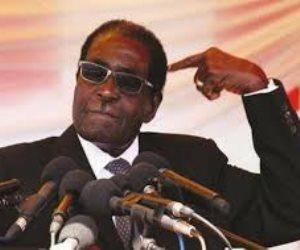 بعد مطالبة زعيم المعارضة.. الرئيس الزيمبابوى يرفض تقديم استقالته