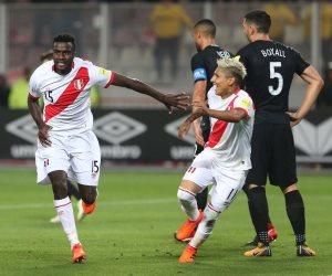 بيرو تتخطى عقبة نيوزيلندا بثنائية وتصعد لكأس العالم (فيديو)