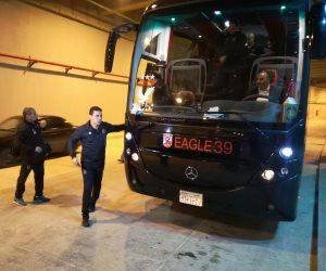 وصول حافلة الأهلي استاد برج العرب (صور)