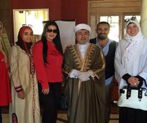 حقيقة انضمام أحمد سعد وسمية الخشاب إلى الطريقة التيجانية (صور)