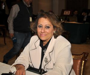 نائبة تهاجم قيادي بوزارة المالية: زيادة العلاج علي نفقة الدولة ليست فعلية بل دفترية