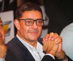 محمود طاهر يواسي عمرو أديب بعد خسارة الزمالك أمام المقاصة