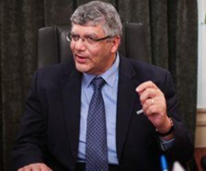 عمرو عدلي: خريجي جامعة القاهرة لديهم فرص عمل أكثر من غيرهم