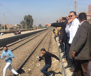 هل نرى مترو أثينا في القاهرة؟.. تفاصيل لقاء وزير النقل مع شركات عالمية