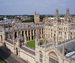"""جامعة """"أكسفورد"""" تشكر  كلية العلوم ببورسعيد على تعاونها في مجال التنقيب عن الآثار"""