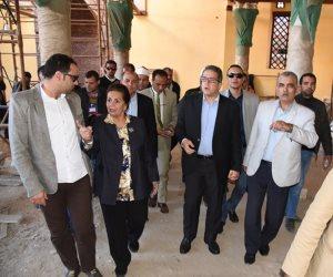 وزير الآثار ولجنة تطوير رشيد يتفقدان الأماكن الأثرية بالمدينة (صور)