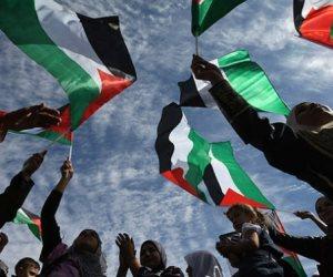 ردا على تصريحات ترامب.. عضو بتنفيذية التحرير الفلسطينية يدعو لحملة لمقاطعة البضائع الأمريكية
