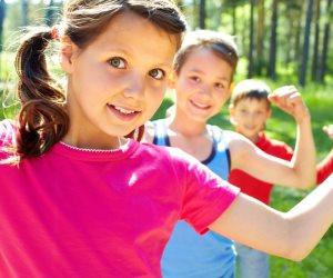 4 فوائد لممارسة الرياضة مع أطفالك في المنزل .. قضاء وقت ممتع معهم