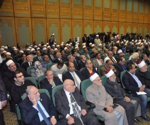 """وزير الأوقاف لـ"""" الأئمة"""" بمسجد النور: علينا الاعتماد على مصادر صحيحة في الحديث"""