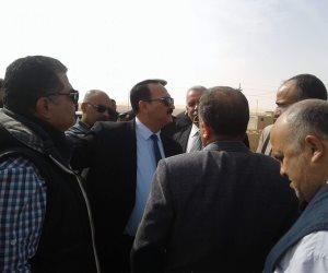 """نواب """"نقل البرلمان"""" يطالبون الحكومة بتوفير محطات البنزين والإسعاف بالوادي الجديد (صور)"""