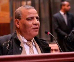 وفاة محامي المعزول.. اعتذر باكياَ للشعب بسبب دفاعه عن الإخوان (بروفايل)