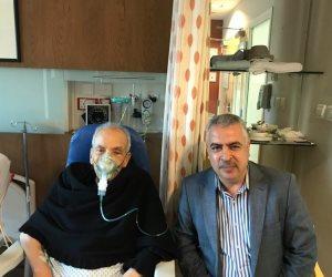 إبراهيم نافع يجري عملية جراحية بمدينة دبي الطبية