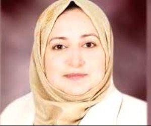 وزيرة الهجرة عن احتجاز طفلين لأب مصرى في كنيسة إيطالية: مراكز الإيواء لاتغيير الأديان