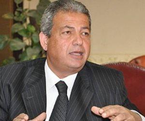 """وزير الشباب يداعب مجلس الإسماعيلي: """"جيت لكم وأنتم أول الدوري"""""""