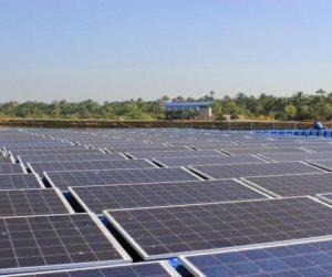 الكيلو بـ 9 آلاف جنيه والحسابة بتحسب.. كيف تبيع الكهرباء لو عندك خلايا شمسية؟ (فيديو)
