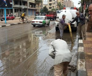 دمنهور تنتفض لرفع آثار الأمطار بشوارع المدينة (صور)