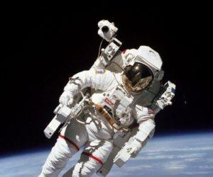 أول رائد فضاء حر.. وفاة بروس ماكاندلس الثاني