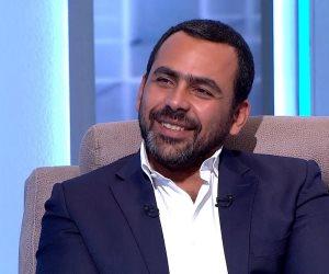 """يوسف الحسيني في إجازة قبل بدء برنامجه الجديد """"نقطة تماس"""" على on live"""