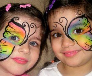 ارسم البهجة على وجوه أطفالك واستقبلي العام الجديد برسومات شجرة الكريسماس والورود