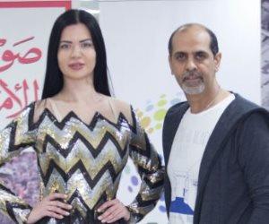 """محمد نور يقيم عرض أزياء مبهر بـ""""صوت الأمة"""".. ويتمنى ارتداء """"يسرا"""" تصميماته (صور)"""