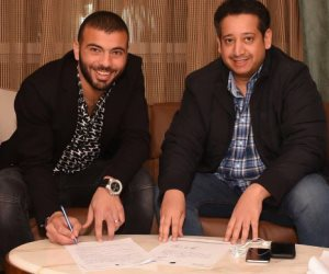 عماد متعب بعد توقيع عقود انتقاله: شكراً إدارة نادي التعاون وجماهيره