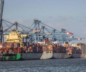 وصول و سفر 2348 راكبًا و معتمرًا لموانئ البحر الأحمر و تداول 508 شاحنة